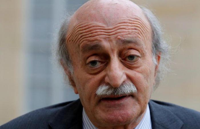 جنبلاط: آخر شبر سيادة في لبنان يُدفن!