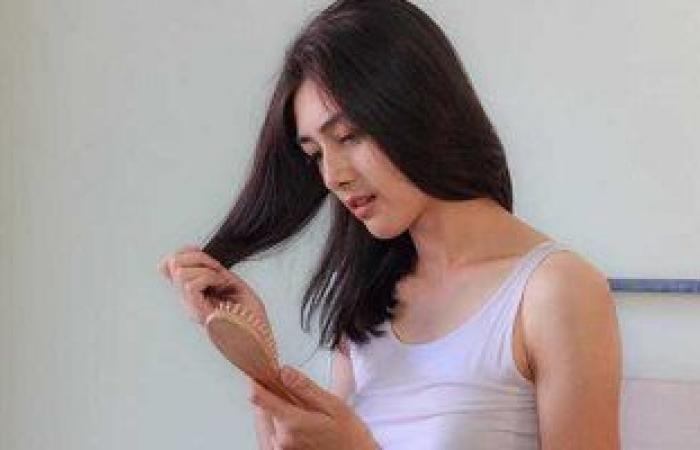 علامات يخبرك بها جسمك تنذر بنقص البروتين.. منها تساقط الشعر