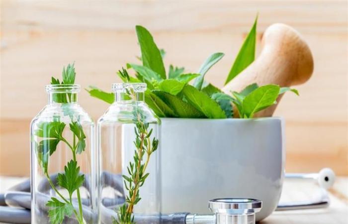 6 وصفات طبيعية لعلاج التهاب المفاصل.. منها الكرنب والقرفة