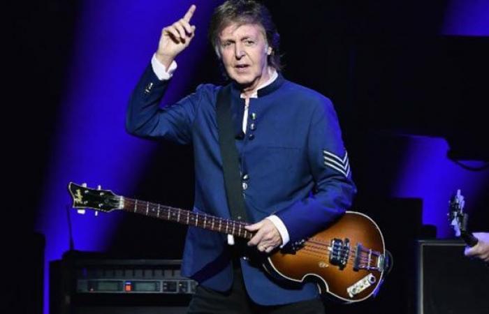 بول مكارتني يحمّل جون لينون مسؤولية تفكك البيتلز