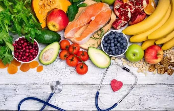 حافظ على صحة قلبك بالأكل الصحى وممارسة الرياضة واليوجا