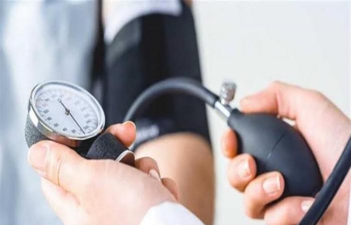 للتحكم في ارتفاع ضغط الدم.. قلل من تناول هذا العنصر الغذائي