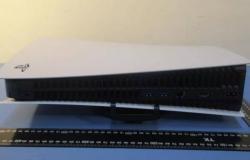 منصة PS5: إليك الحجم الفعلي لجهاز سوني