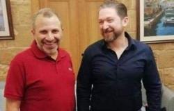 فيصل كرامي مرشح العهد والثورة